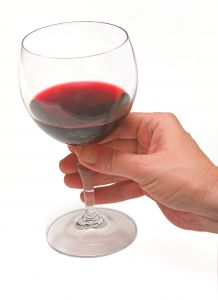 glass-of-wine-428801-m